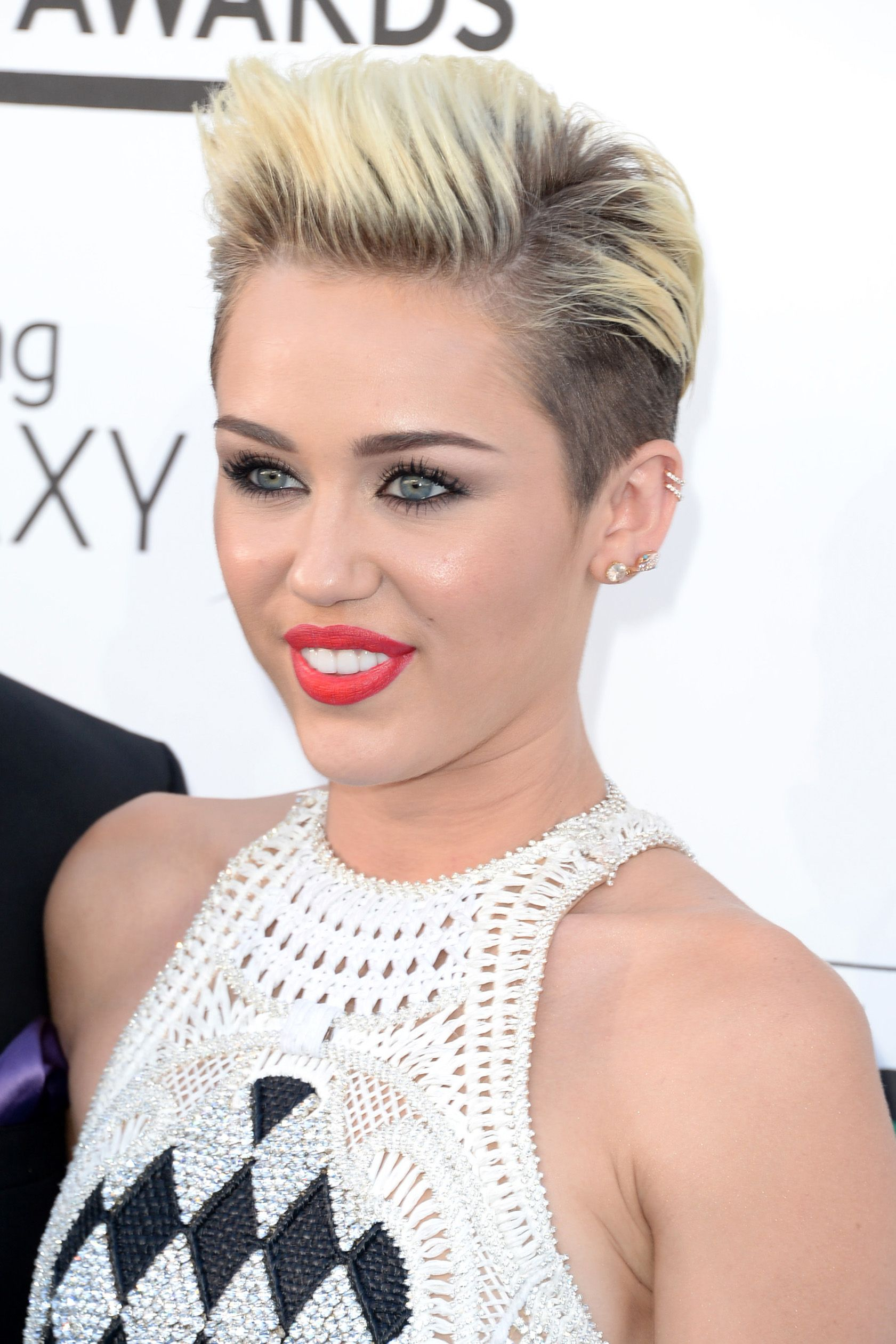 miley cyrus hair style miley cyrus hairstyle hair 5722