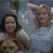 Janeane Garofalo and Uma Thurman in The Truth About Cats and Dogs