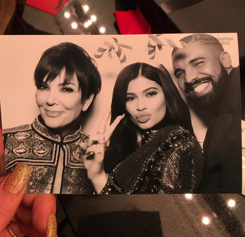 """<p>Drake = """"<a href=""""https://www.instagram.com/p/_tHCRCnGqR/"""" target=""""_blank"""" data-tracking-id=""""recirc-text-link"""">a photobomb</a>"""" </p>"""