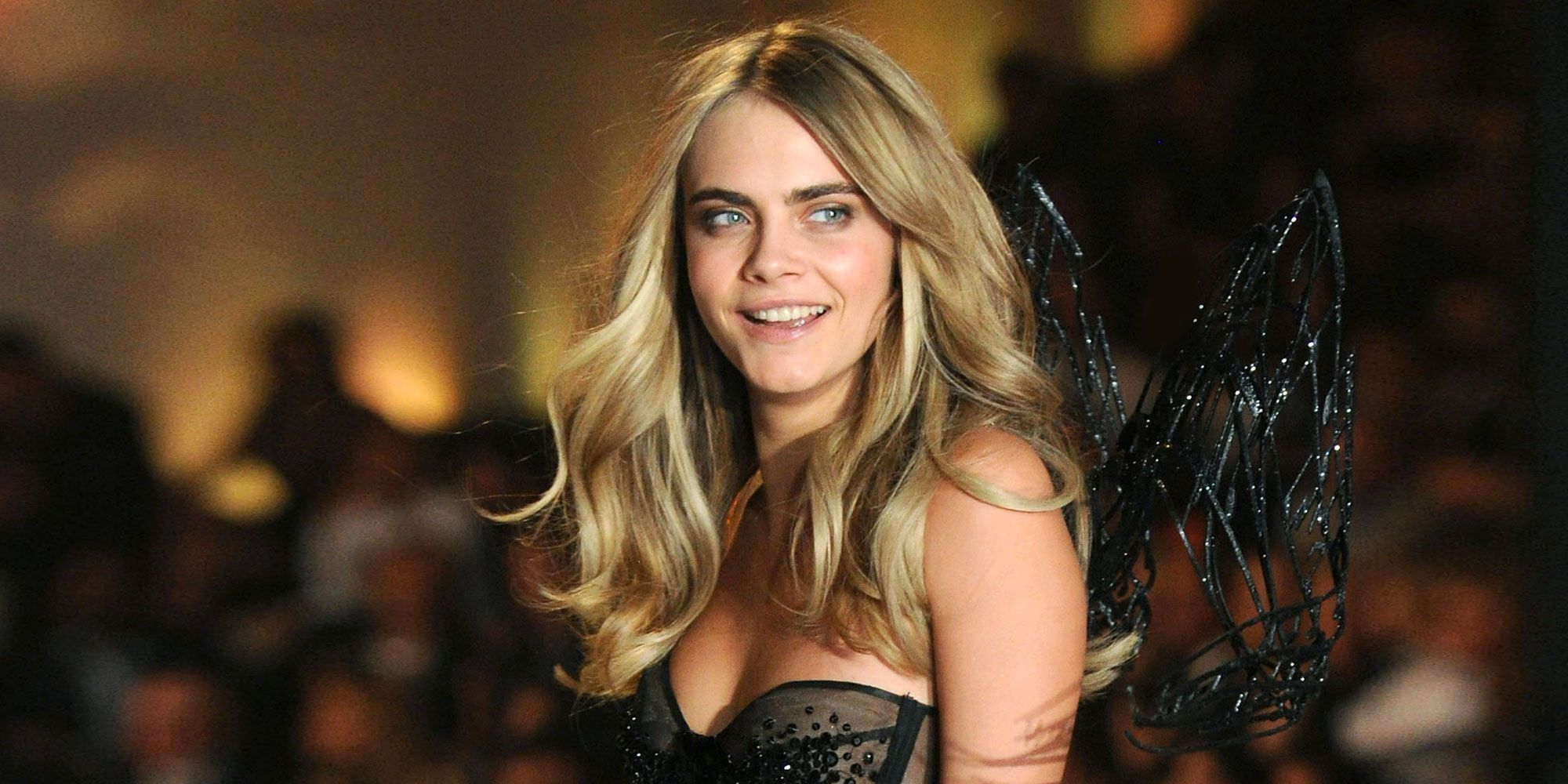 Why Cara Delevingne Didn T Walk The Victoria S Secret Fashion Show