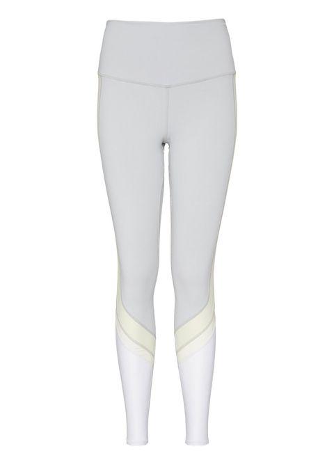 Leg, Human leg, Joint, Standing, Knee, Shorts, Thigh, Grey, Waist, Tights,