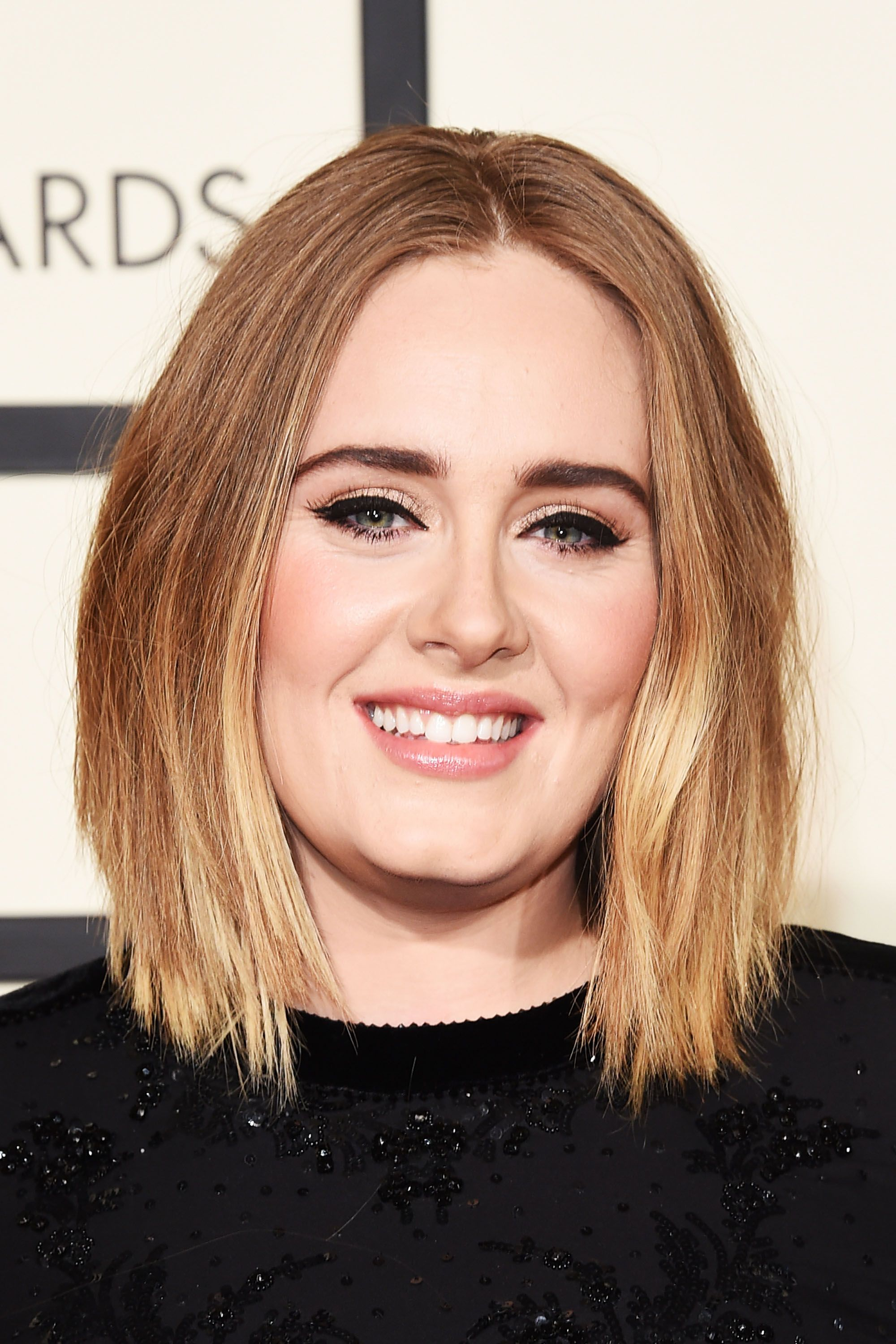 15 Cute Hairstyles For Round Faces 15 Short Medium And