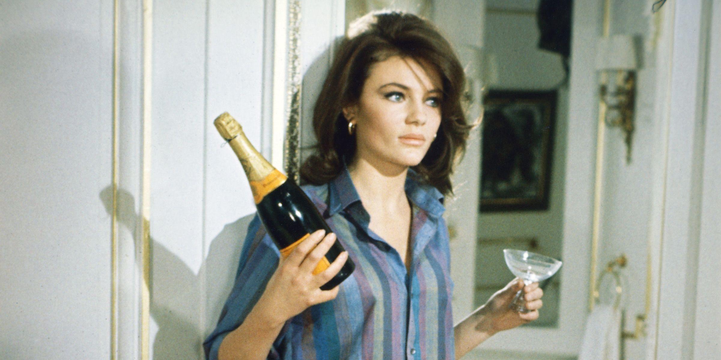 10 Best Champagnes Under 50 Elles Favorite Cheap Champagne Brands