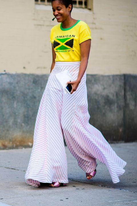 Sleeve, Street fashion, Waist, Neck, Trunk, Abdomen, Sandal, Ankle,