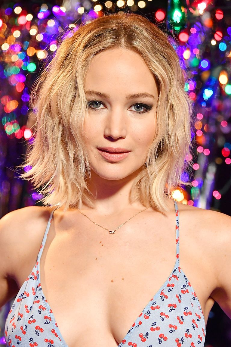 <p>Beach waves work mid-February, too. Try Jennifer Lawrence's beachy bob for a pretty&nbsp;yet&nbsp;undone look.&nbsp;</p>