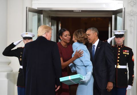 The trumps meet the obamas watch the obamas greet the trumps image m4hsunfo