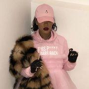 Cap, Textile, Baseball cap, Fur clothing, Fashion, Cool, Fur, Natural material, Animal product, Camera,