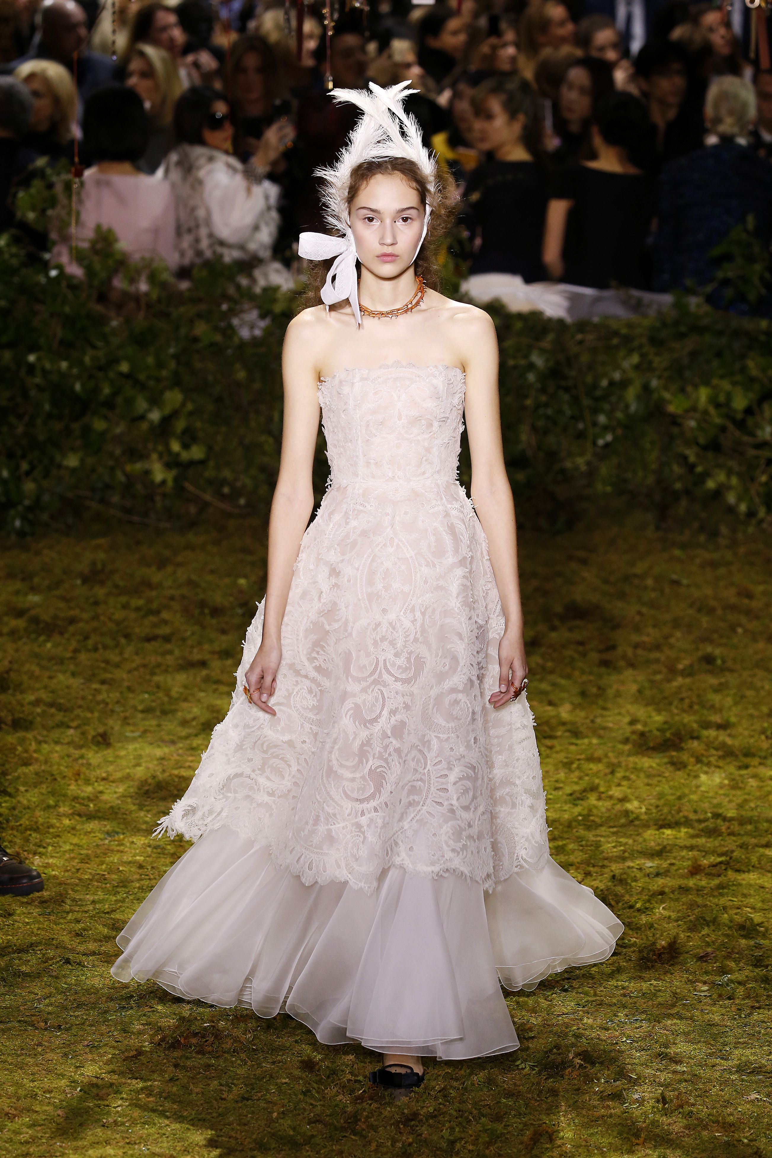 Spring Couture 2017 Wedding Gowns - 30 Perfect Wedding Gowns From ...