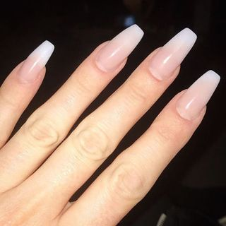 7 Different Nail Shapes - Round, Square, Oval, Almond, and ...