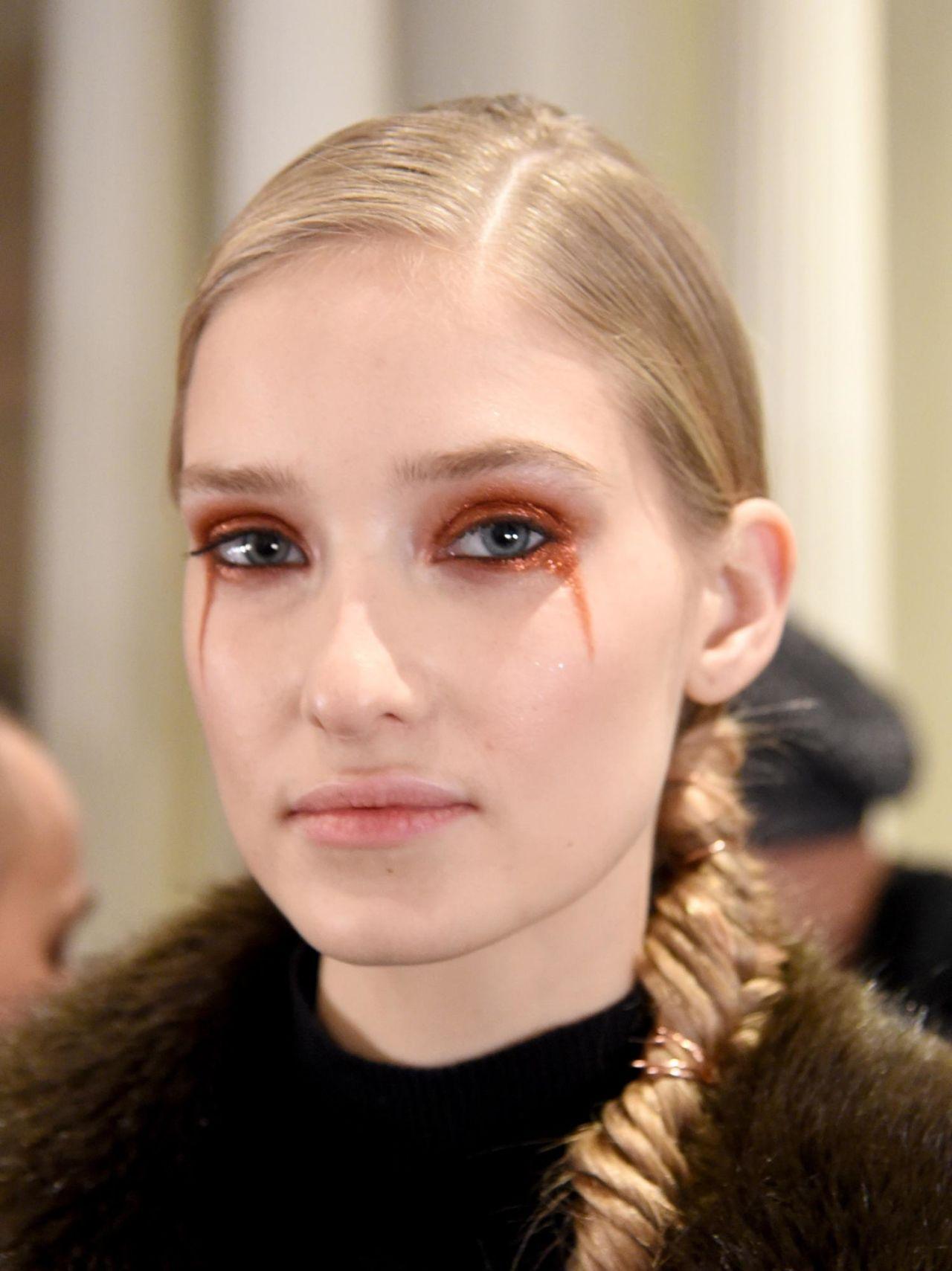 7 Runway-Inspired Eye Makeup Looks to Try