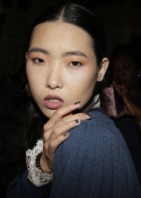 Face, Hair, Eyebrow, Lip, Cheek, Nose, Chin, Beauty, Forehead, Skin,
