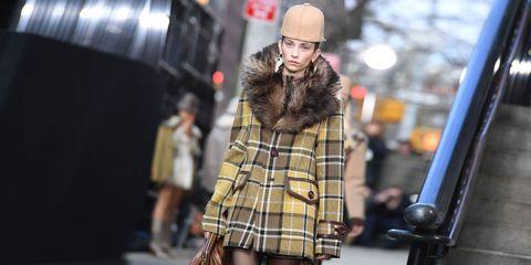 Sleeve, Human body, Textile, Plaid, Style, Street fashion, Pattern, Cap, Jacket, Tartan,