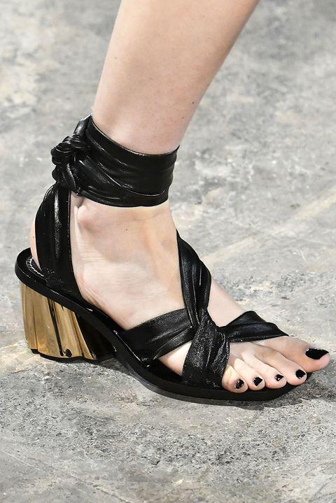 Footwear, Sandal, Black, Leg, Shoe, Fashion, Ankle, Joint, Foot, High heels,