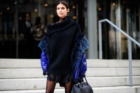 Sleeve, Textile, Street fashion, Waist, Fashion, Winter, Electric blue, Fashion model, Bag, Fashion show,