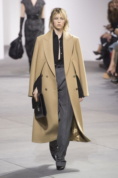 cea33188176d 65 Looks From Michael Kors Fall 2017 NYFW Show - Michael Kors Runway ...