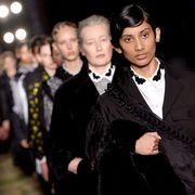 Collar, Coat, Blazer, Fashion, Fur, Street fashion, Fur clothing, Fashion model, Fashion design, Natural material,