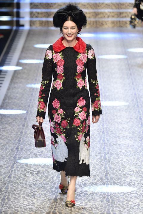 Winter, Textile, Outerwear, Style, Street fashion, Fashion accessory, Bag, Fashion model, Fashion, Fashion show,