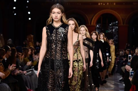 Fashion show, Runway, Fashion model, Style, Dress, Fashion, Public event, Haute couture, Audience, Fashion design,