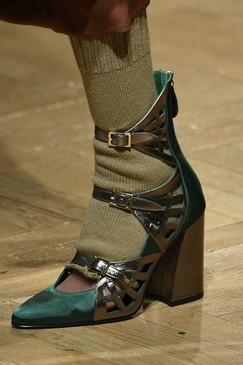 Footwear, Brown, Human leg, Joint, Khaki, Foot, Sandal, Fashion, Teal, Tan,