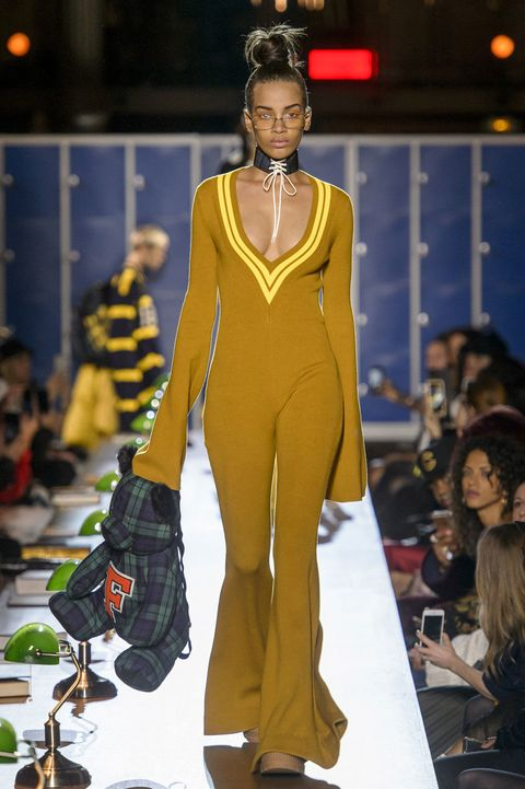 size 40 41ef8 20056 Rihanna Fenty x Puma Fall/Winter 2017 Paris Show Recap ...