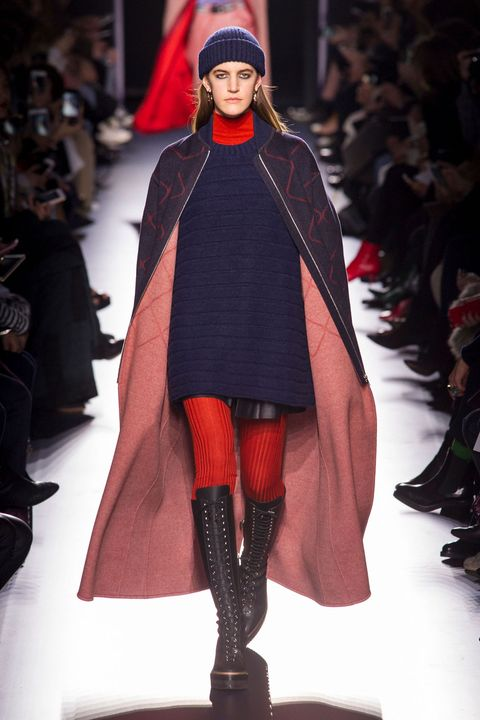 Fashion show, Winter, Runway, Outerwear, Style, Fashion model, Costume design, Fashion, Street fashion, Fashion design,