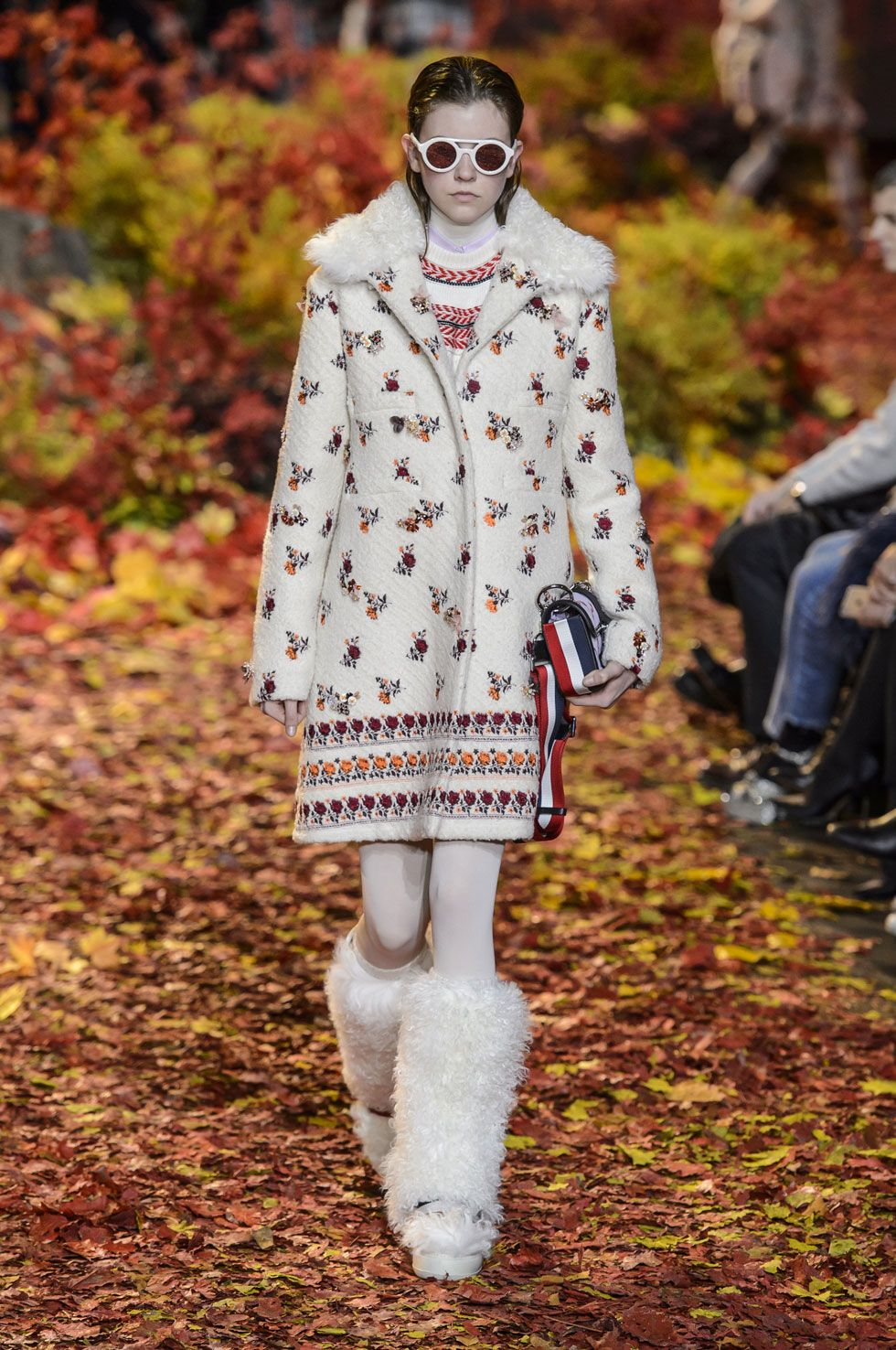FW17 RUNWAY Moncler Gamme Rouge |