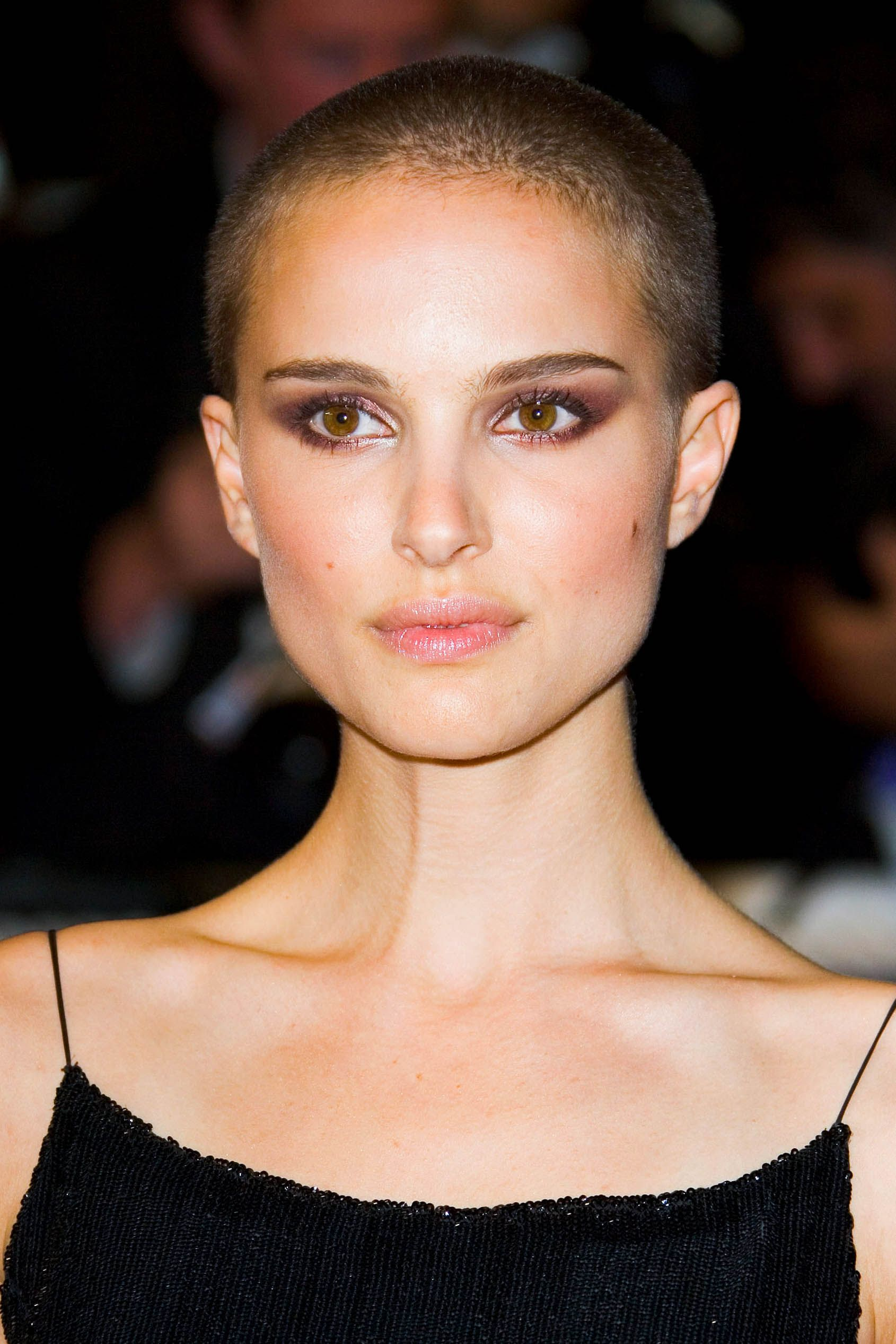 4bb86fe43f 19 Women With Shaved Heads - Female Celebs With Buzzcuts