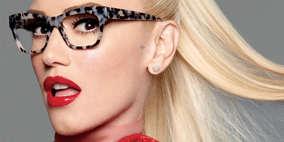20ac48182b3 Gwen Stefani Needs Glasses Now