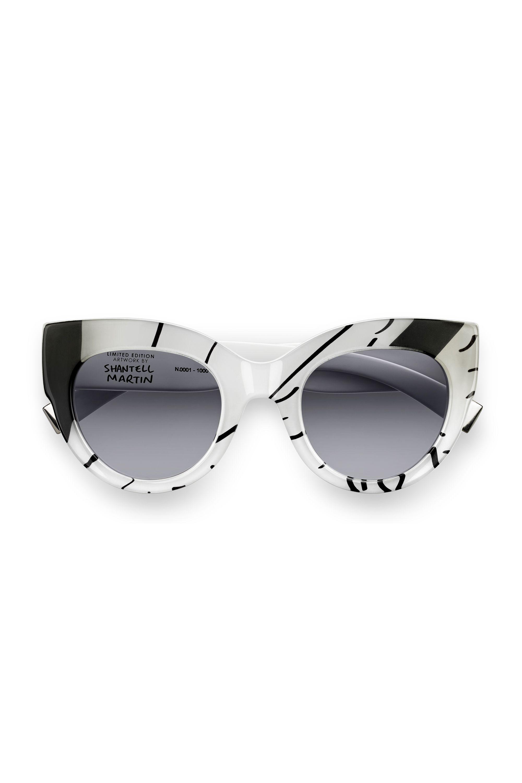 6bf3d29d0cde2 Best Sunglasses for Your Face Shape 2017 - Designer Sunglasses for Women