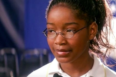 <p>Akeelah (Keke Palmer) can spell, but the thing is no one seems to want her to. She's afraid of looking like a nerd at school, her classmates tease her, and her own mother (Angela Bassett), a young widow, just wants her to keep her head down and do her homework. That all changes when Dr. Joshua Larabee (Laurence Fishburne), still grieving over the loss of his daughter, catches Akeelah in action and decides to act as her spelling coach. Her journey towards the national competition helps Akeelah and the broken grownups around her H-E-A-L. </p>