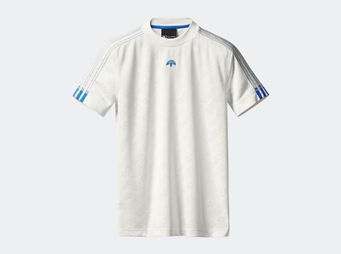Clothing, White, T-shirt, Sleeve, Sportswear, Blue, Jersey, Sports uniform, Collar, Active shirt,