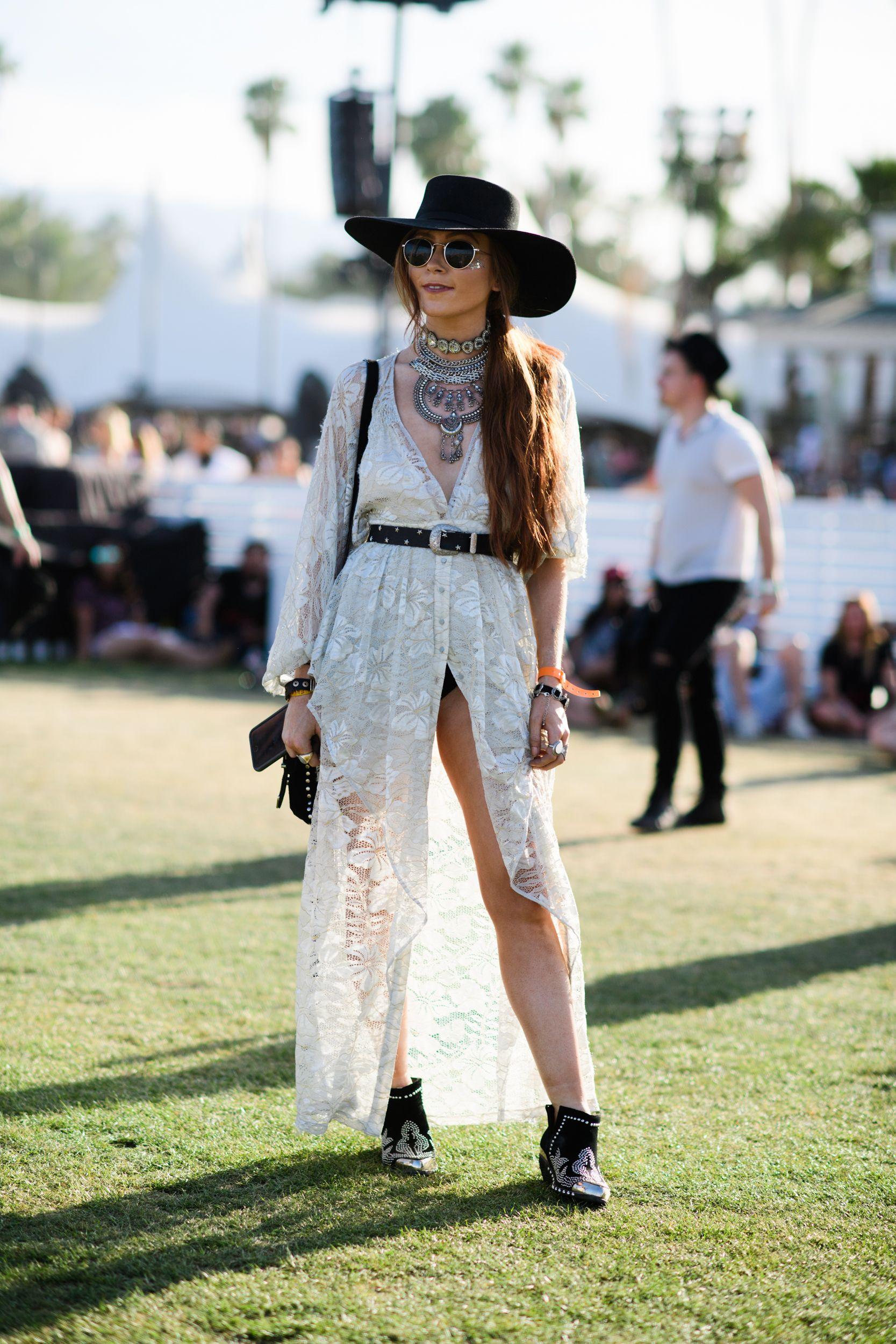 83d080cea71 Best Coachella Street Style 2017 - Festival Style From Coachella