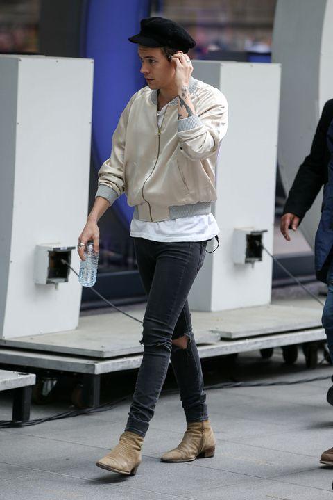 b2a6358dffe Best Looks  Harry Styles