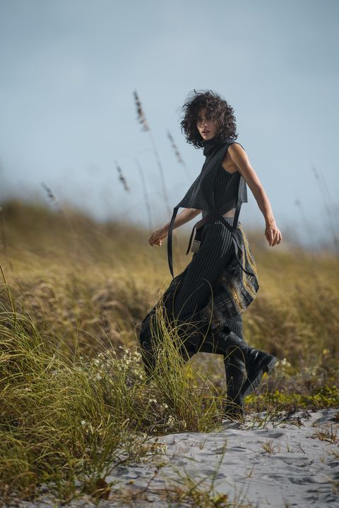 People in nature, Atmospheric phenomenon, Grass, Grassland, Sky, Photography, Human, Dress, Tree, Outerwear,
