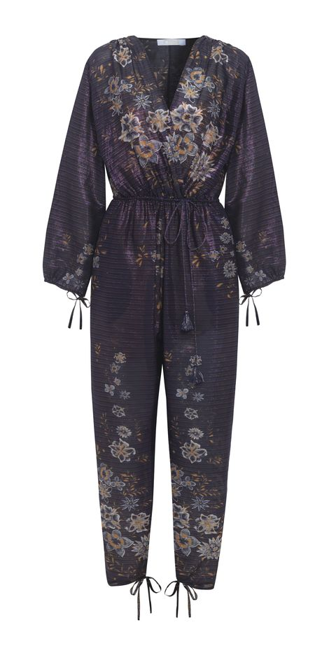"<h2><a href=""https://www.net-a-porter.com/us/en/product/844581/Chloe/exclusive-metallic-striped-floral-print-cotton-blend-jumpsuit"" data-tracking-id=""recirc-text-link"">Metallic striped floral-print cotton-blend jumpsuit, $2850</a></h2><p></p>"