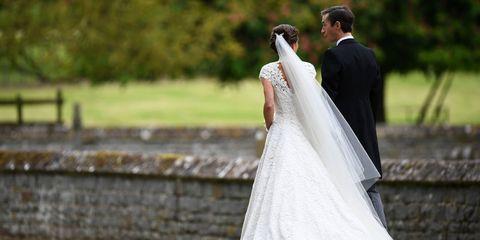 Clothing, Bridal veil, Veil, Coat, Bridal clothing, Dress, Photograph, Suit, Outerwear, Bride,
