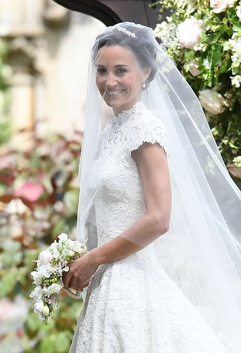 Pippa Middleton And Kate Wedding Dresses