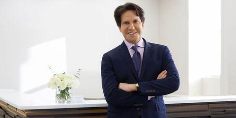 Suit, White-collar worker, Formal wear, Businessperson, Business, Tuxedo, Job, Blazer, Smile, Management,