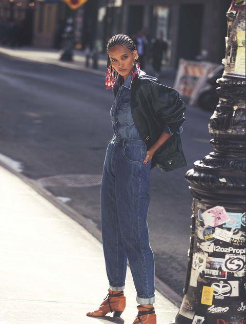 Street fashion, Clothing, Fashion, Jeans, Denim, Suit, Footwear, Shoe, Human, Outerwear,