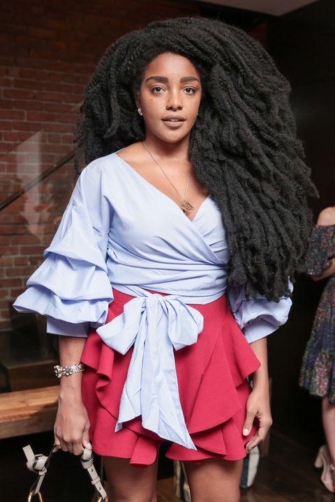 Clothing, Fashion, Fashion model, Beauty, Fashion show, Model, Fashion design, Long hair, Black hair, Dress,