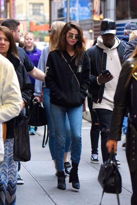 Selena Gomez Wears The Weeknd Hoodie In New York City Selena Gomez Nyc Street Style