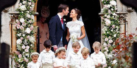 Ceremony, Wedding dress, Marriage, Bridal clothing, Event, Flower Arranging, Wedding, Child, Floral design, Dress,