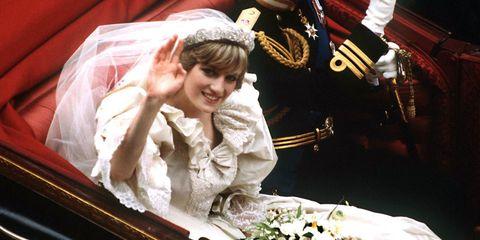 Princess Diana's 50 Most Iconic Fashion Moments
