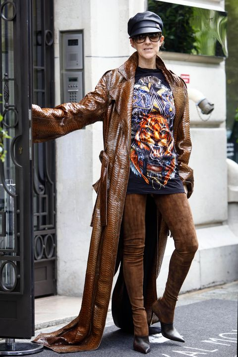 Street fashion, Clothing, Fashion, Snapshot, Brown, Human, Outerwear, Footwear, Photography, Fashion model,