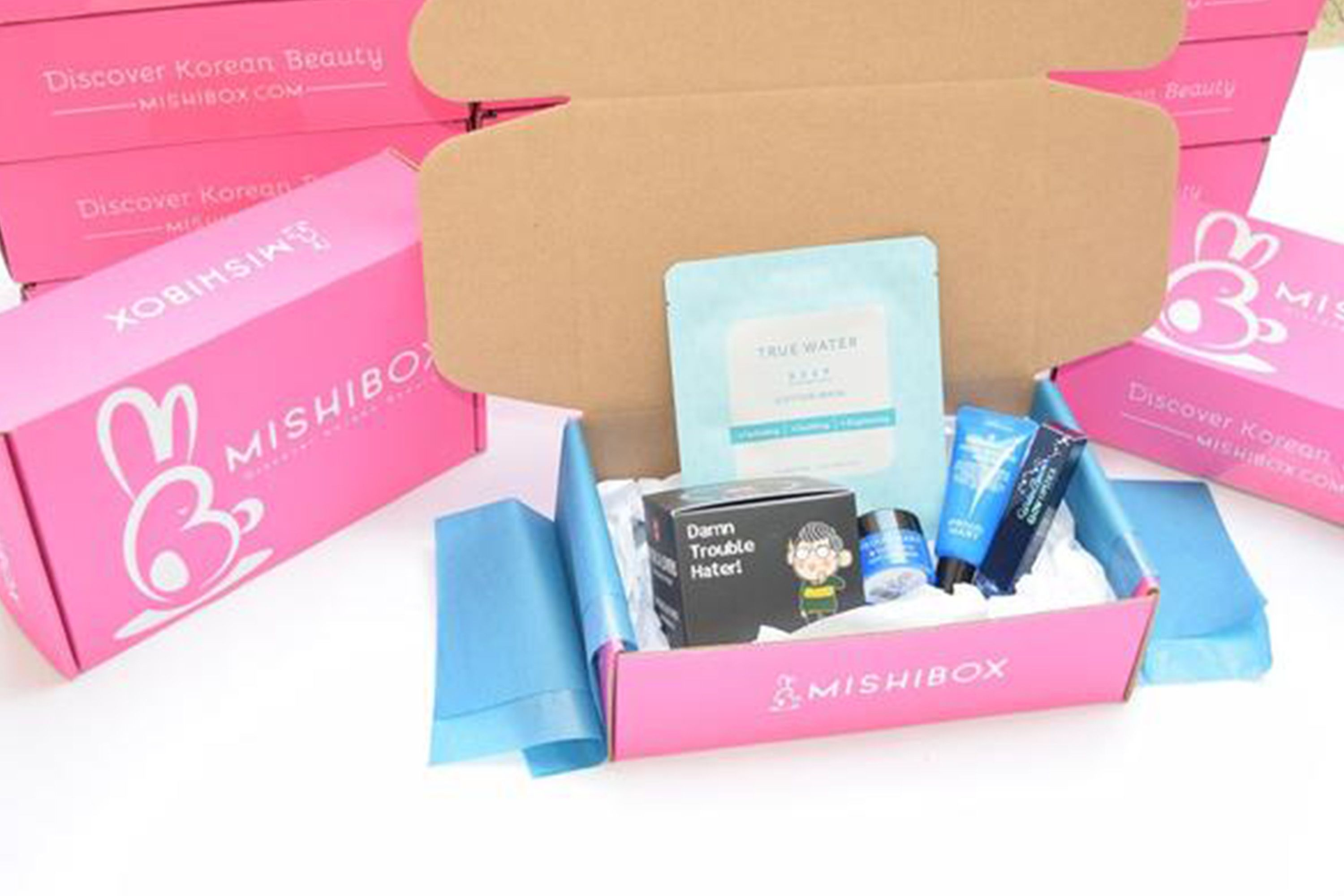 aa827692f 22 Best Makeup Subscription Boxes - Top Beauty Subscription Gifts