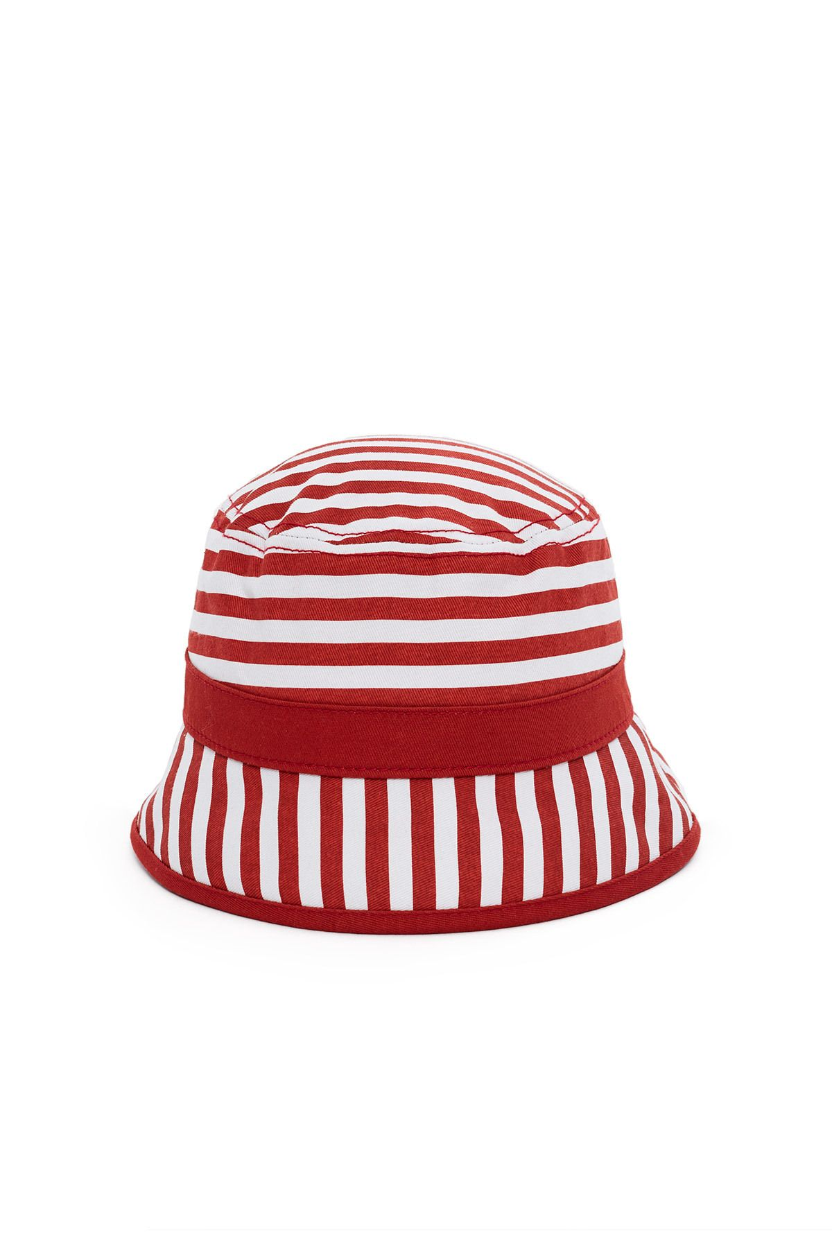 """<p><strong data-redactor-tag=""""strong"""" data-verified=""""redactor"""">Shop: </strong>Esprit by Opening Ceremony Striped Bucket Hat, $40; <a href=""""https://www.openingceremony.com/mens/esprit-by-opening-ceremony/striped-bucket-hat-ST96546.html?gclid=CP_xyIf729QCFROBswodhFkHIw&gclsrc=aw.ds""""></a><a href=""""https://www.openingceremony.com/mens/esprit-by-opening-ceremony/striped-bucket-hat-ST96546.html?gclid=CP_xyIf729QCFROBswodhFkHIw&gclsrc=aw.ds"""">openingceremony.com</a><span class=""""redactor-invisible-space"""" data-verified=""""redactor"""" data-redactor-tag=""""span"""" data-redactor-class=""""redactor-invisible-space""""></span></p>"""