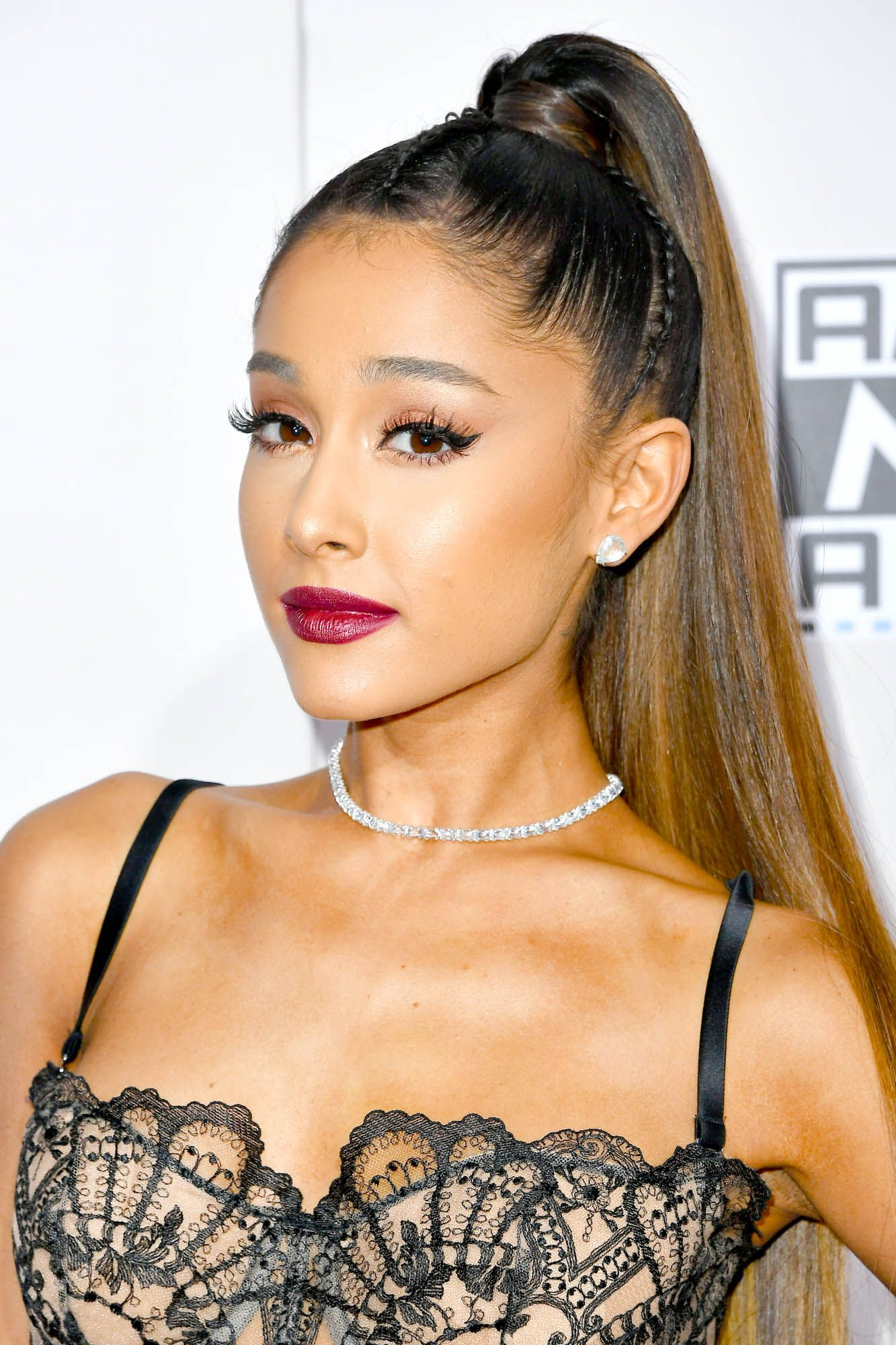 Ariana Grande Long live The Ariana Grande High Ponytail.