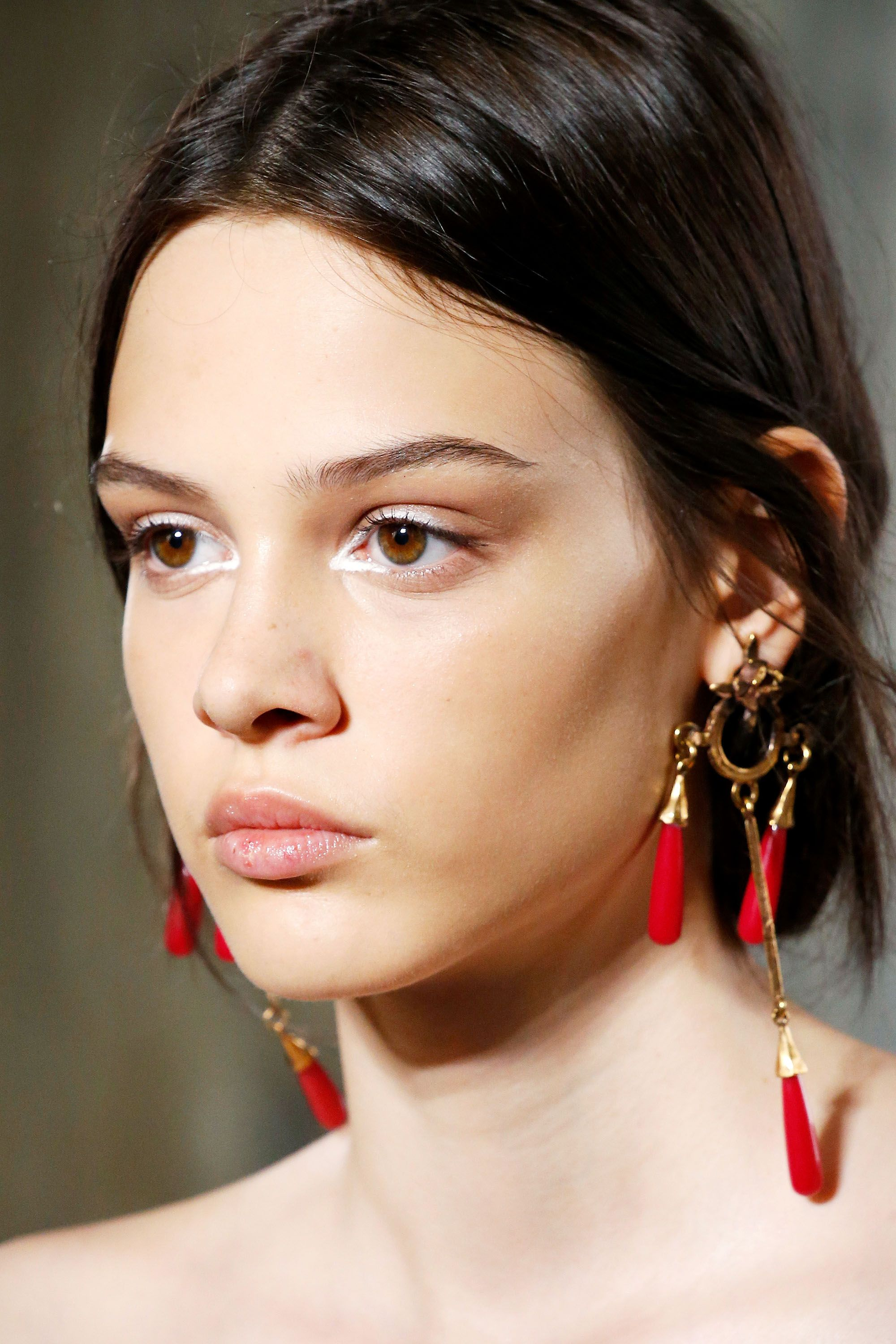 Hair And Makeup Looks From Paris Couture Runways Paris