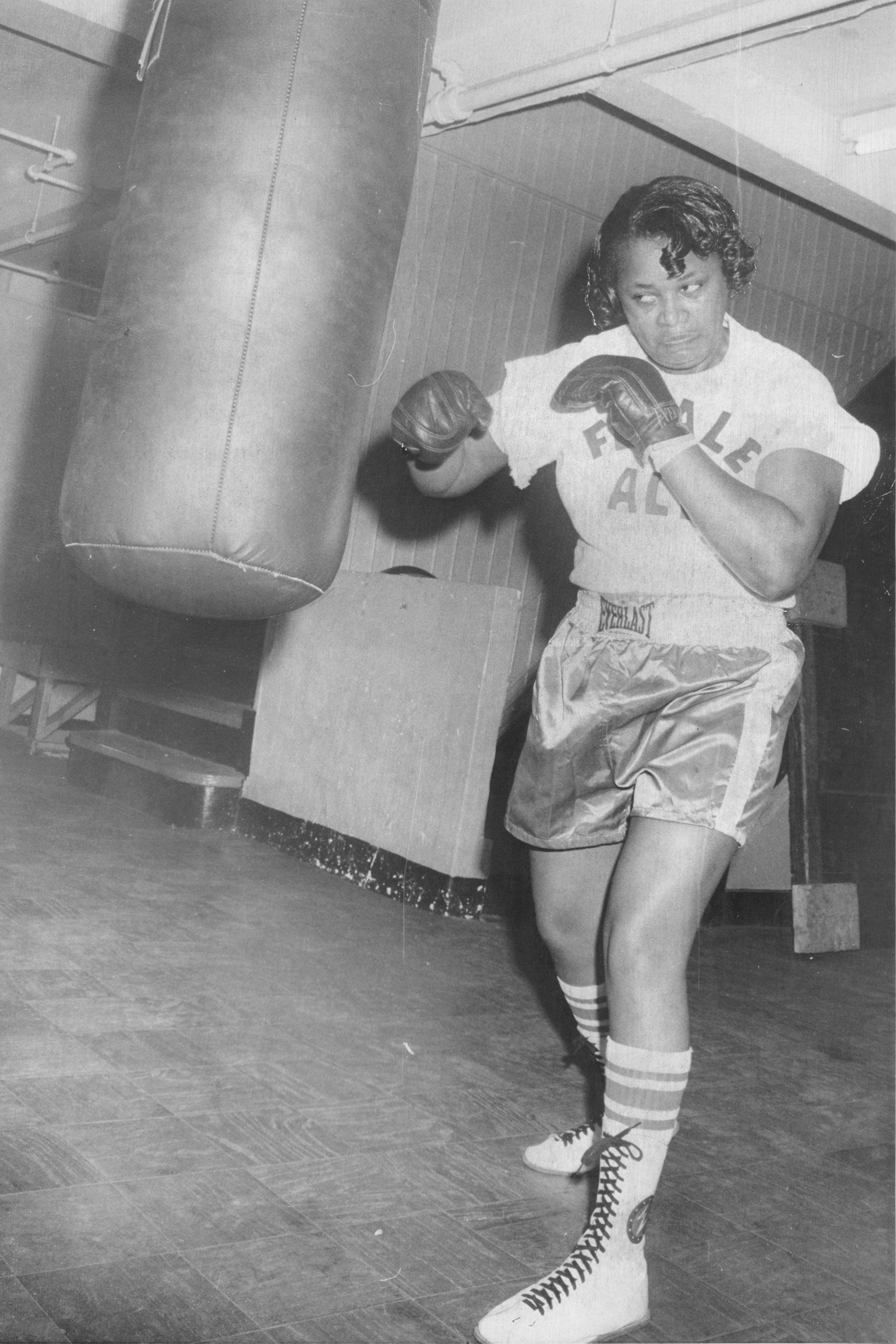 "<p>On June 8, 1975, boxer Jackie Tonawanda&nbsp&#x3B;was the first woman to fight in New York's Madison Square Garden<span class=""redactor-invisible-space"" data-verified=""redactor"" data-redactor-tag=""span"" data-redactor-class=""redactor-invisible-space"">. She&nbsp&#x3B;</span>went up against Larry Rodania—and knocked him&nbsp&#x3B;out in the second round. After that, she&nbsp&#x3B;was dubbed ""the female Muhammad Ali.""</p>"