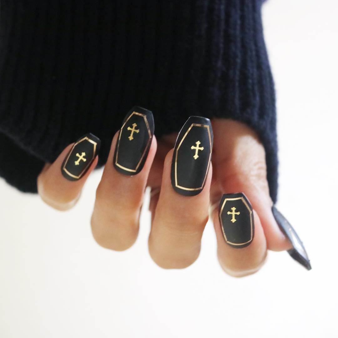 21 Halloween Nail Art Ideas 2018 , Cute Nail Designs for